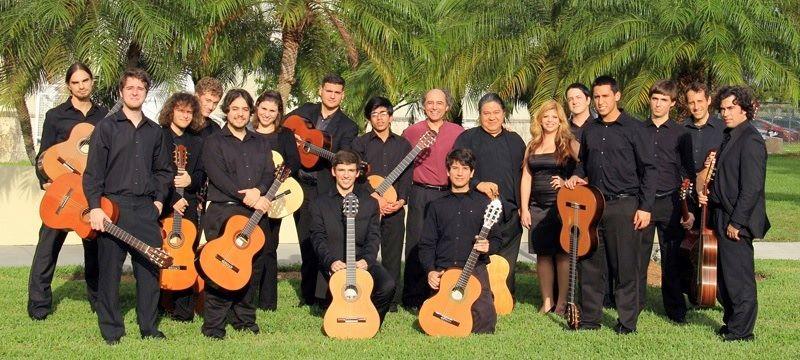 miami-guitar-orchestra-3