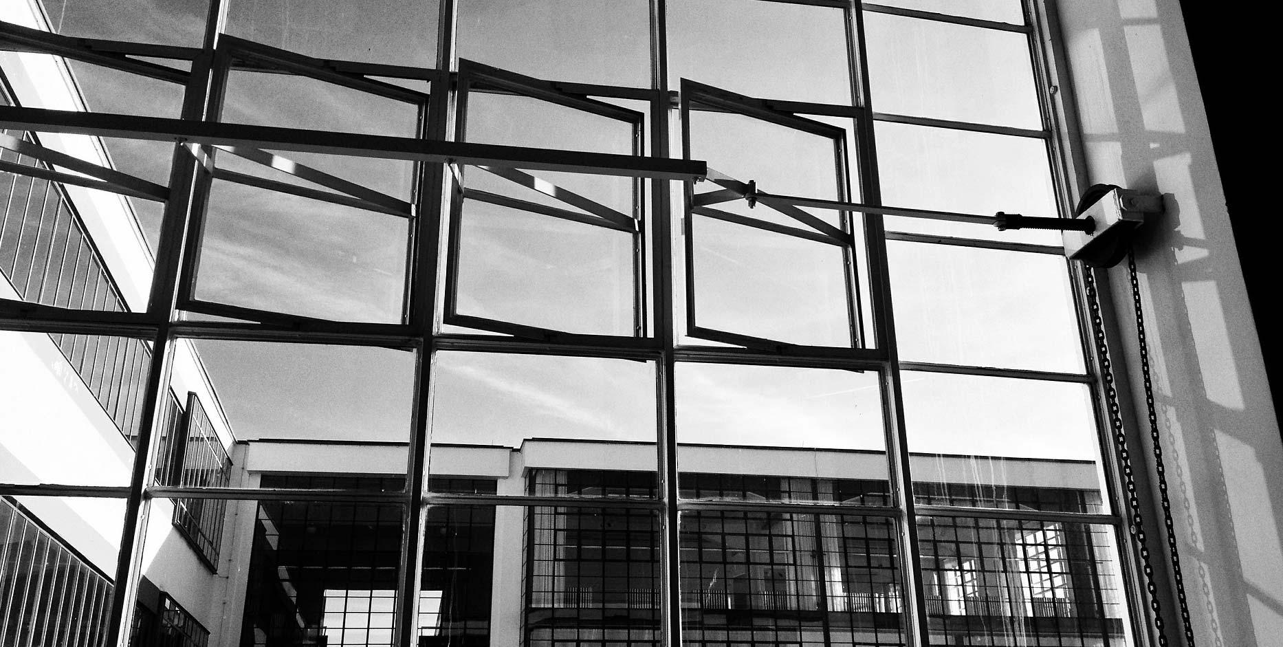 The Bauhaus Fiu Carta Mana Wynwood