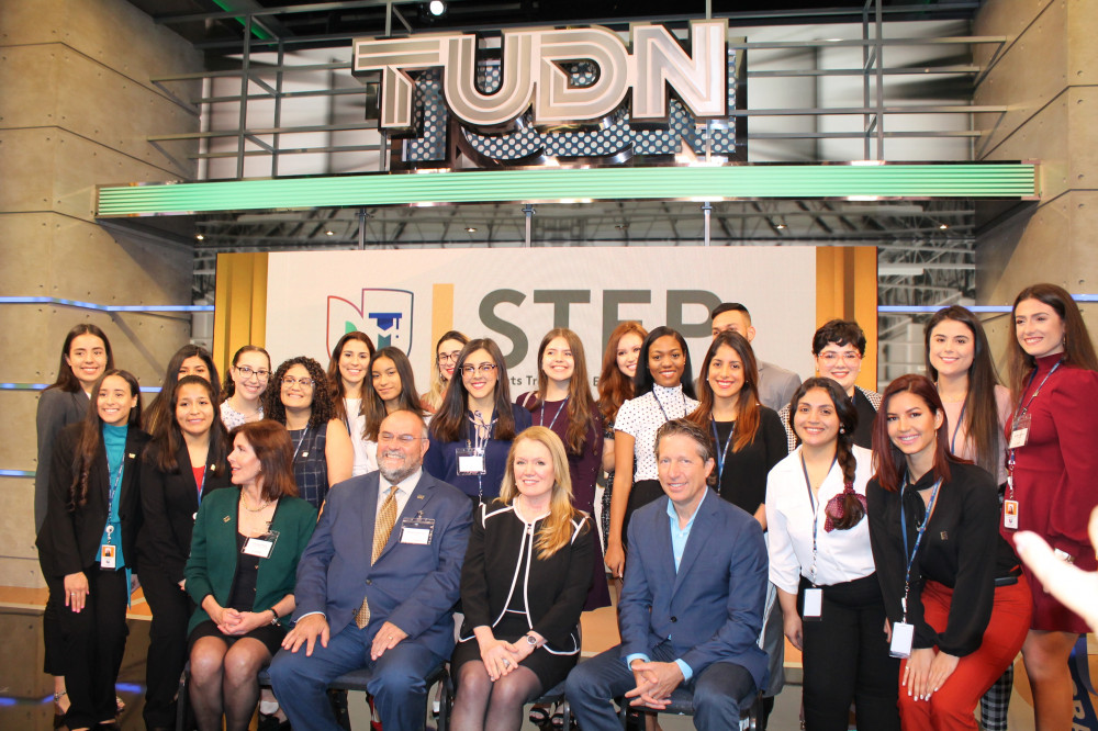 UNIVISION AND FIU CREATE TRAINING & EMPLOYMENT PROGRAM FOR JOURNALISM + MEDIA STUDENTS