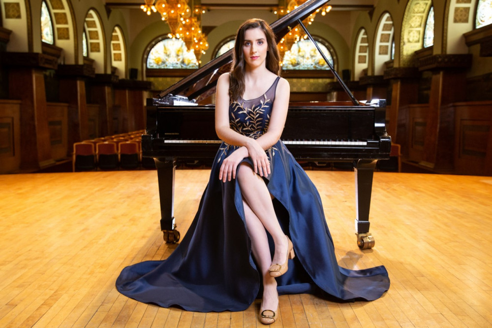 Piano alumna Monika Miodragovic wins first prize at international competition